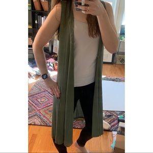 ⬇️NWT XS long green Joy vest by LuLaRoe